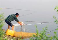 浅谈秋季前后期钓鱼用饵技巧