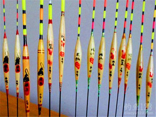 钓鱼初学者必备的浮漂选择技巧(上)