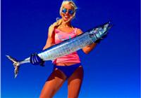 看看人家!國外美女比基尼釣魚圖片集錦