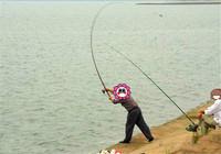 库钓使用海竿钓远水大物的技巧