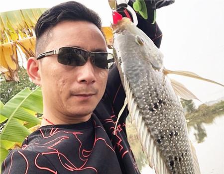 路亚新手新竿的第一场 拟饵钓罗非鱼