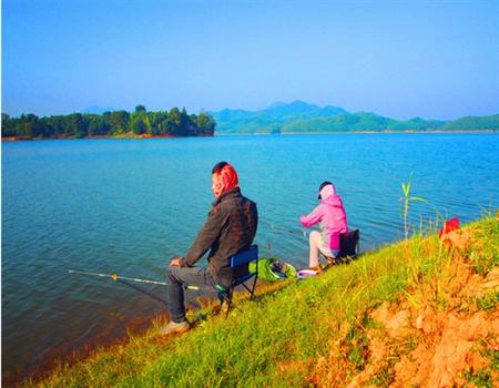 夫妻游钓全中国之——湖潜蛟龙,野伏蛇虺。赤壁之战,搏杀陆水!