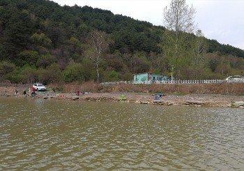 黄龙县崾崄垂钓园