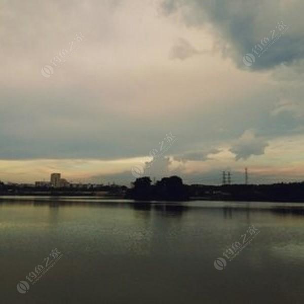 溪流河铺鱼庄段