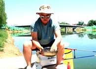 《小白闯江湖》 第四十五期 钓鲤鱼散饵的两种制作思路