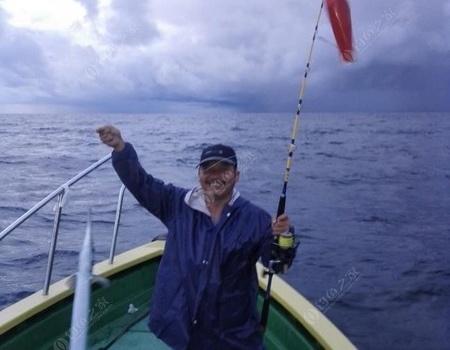 人生第一次海钓,多得几位朋友。