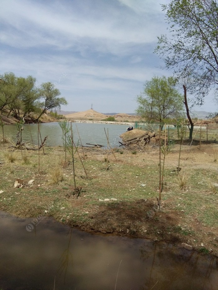 马饮水养殖垂钓场